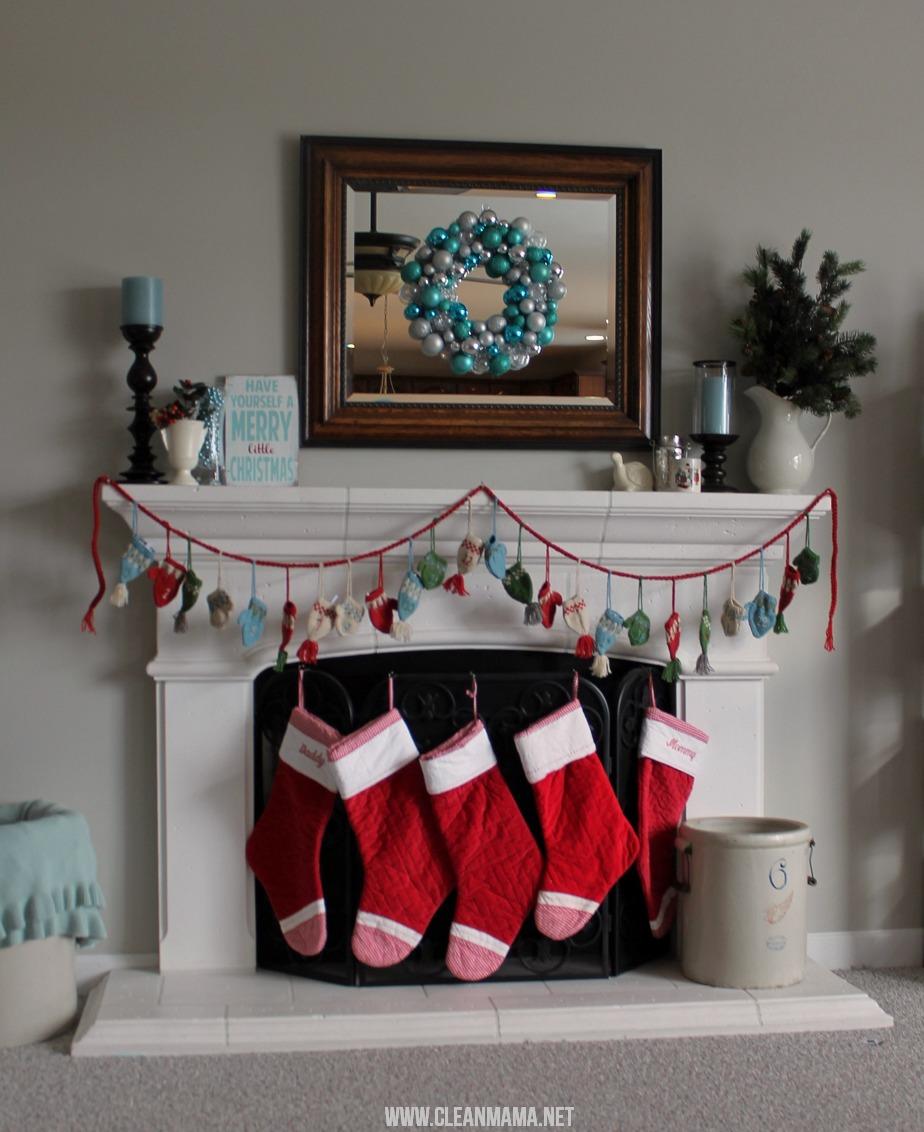 Simple Christmas Mantel via Clean Mama