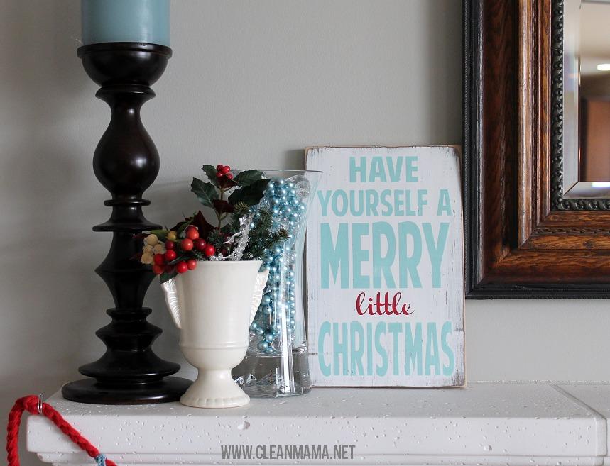 Simple Christmas Mantel via Clean Mama4