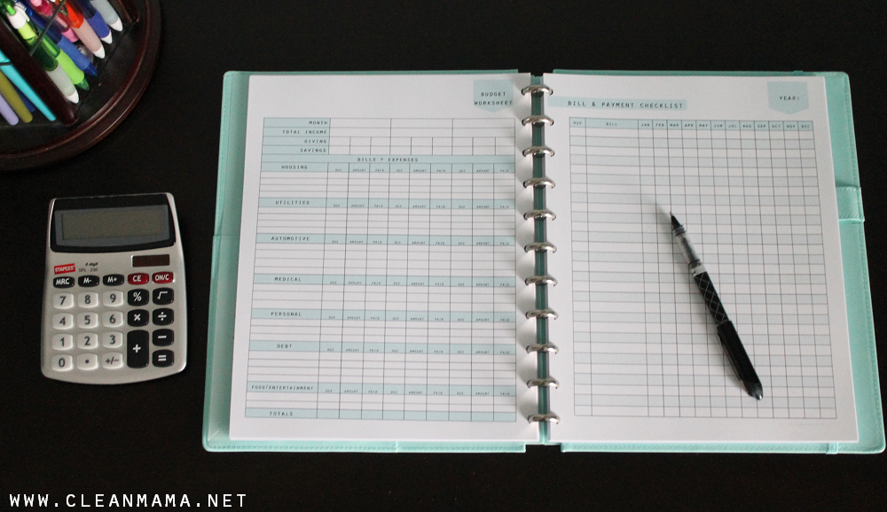 Budget Worksheet and Bill and Payment Checklist via Clean Mama