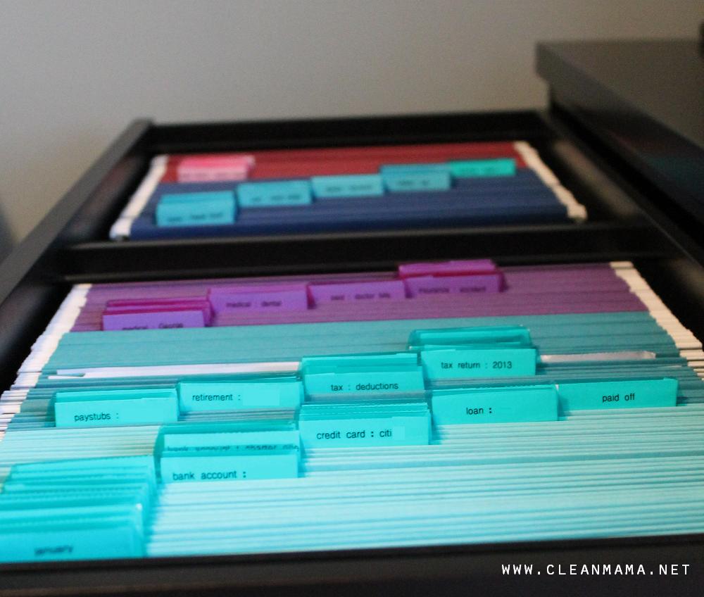 File Folders via Clean Mama