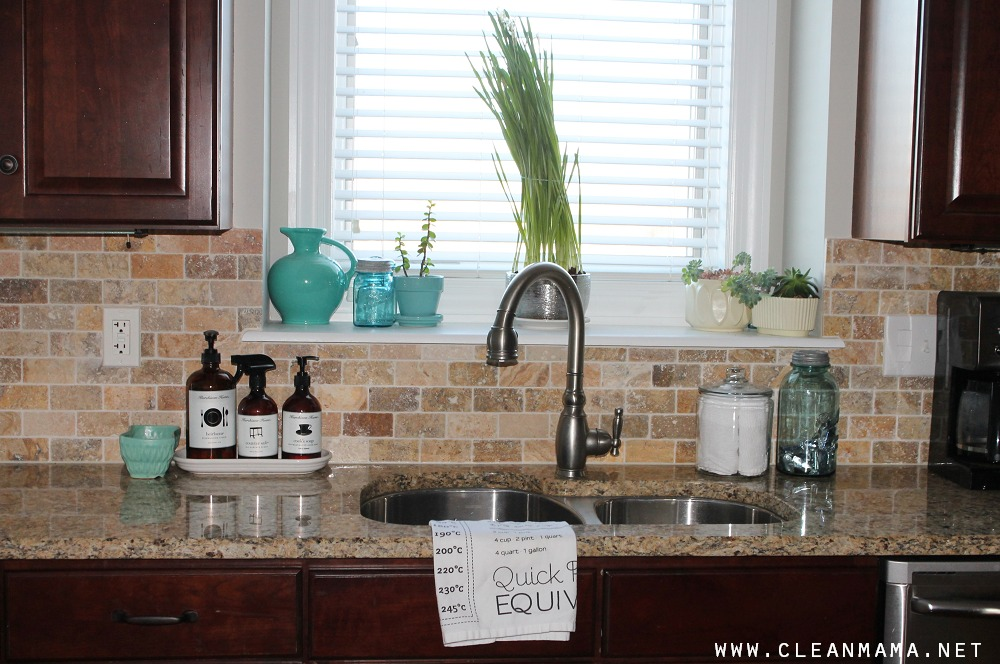 Clean Sink via Clean Mama
