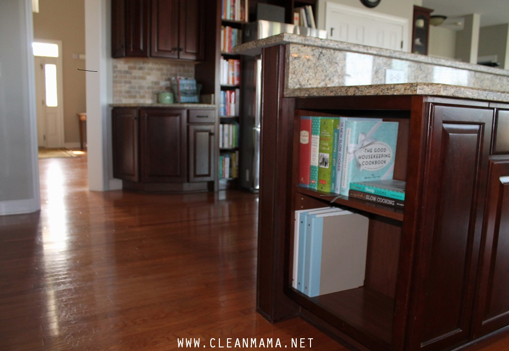 Recipe Binders and Cookbooks via Clean Mama