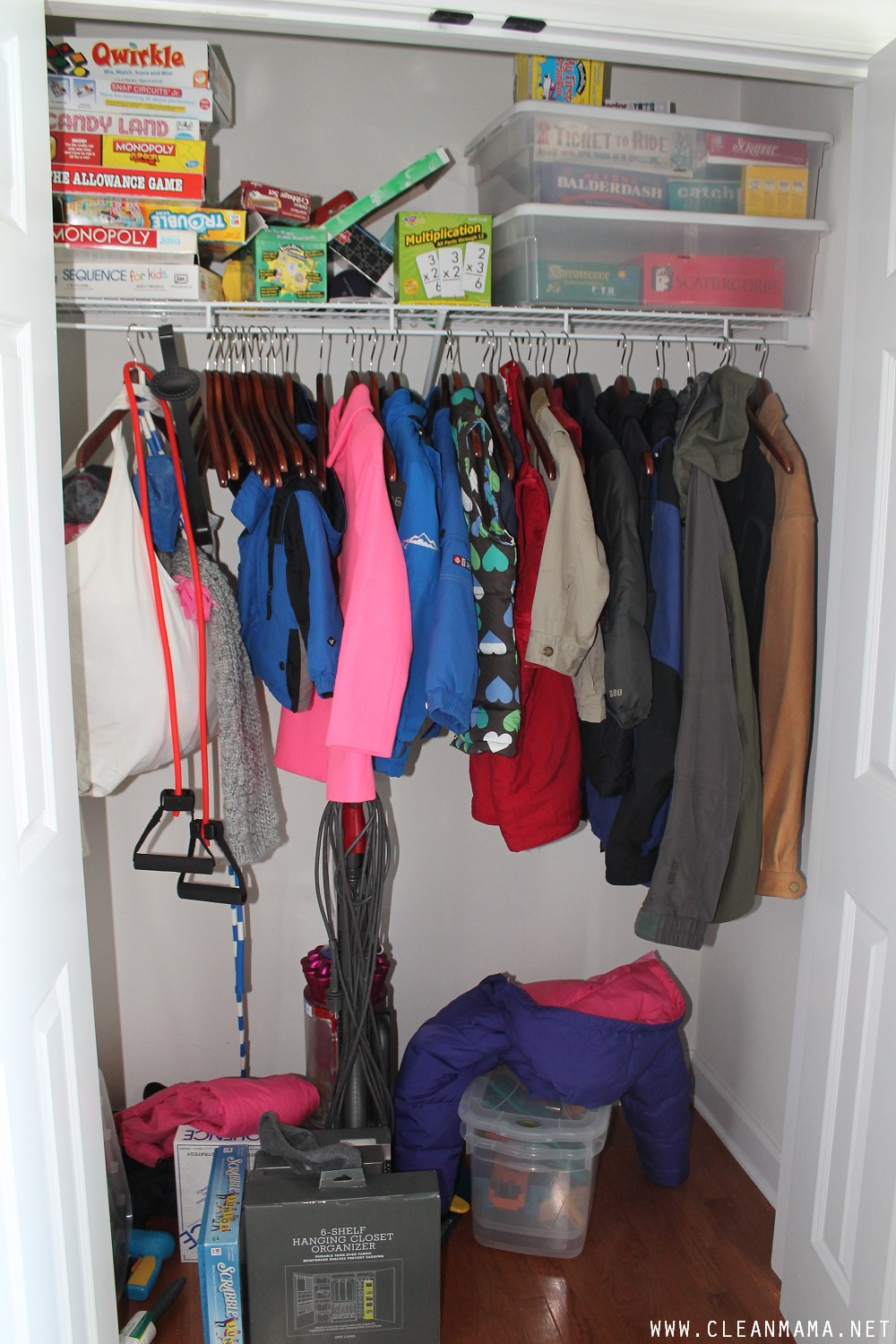 Closet BEFORE via Clean Mama