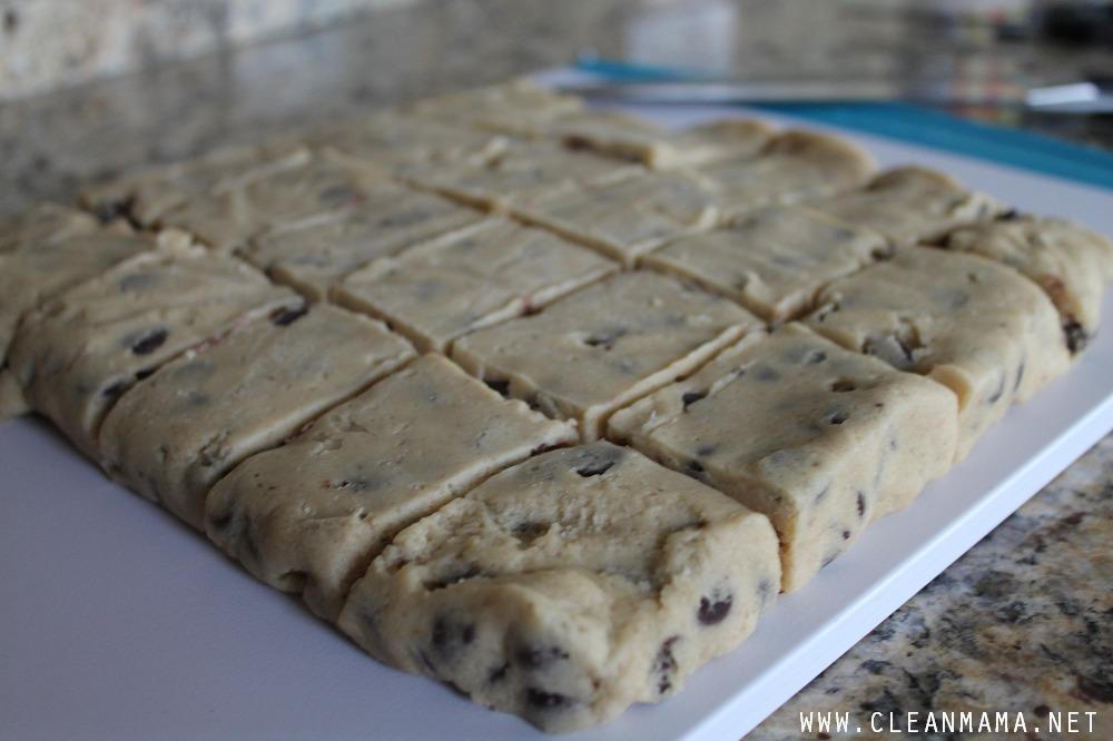 Cookie Dough Tip Close-Up via Clean Mama
