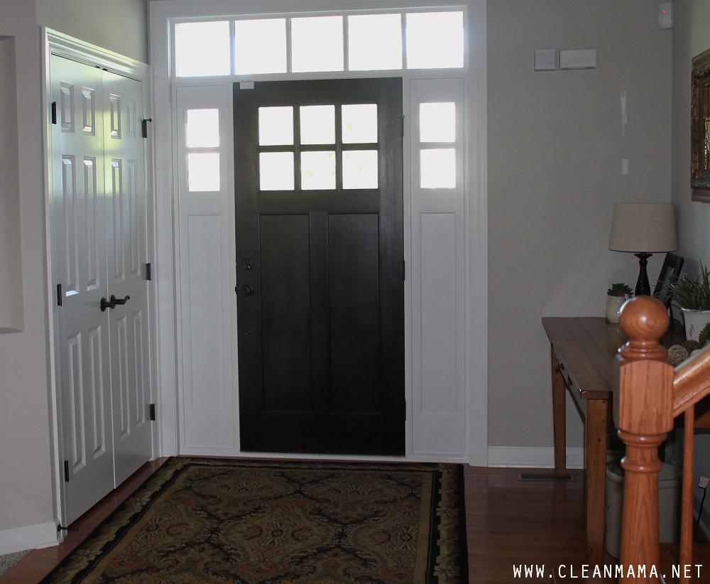 Entryway via Clean Mama