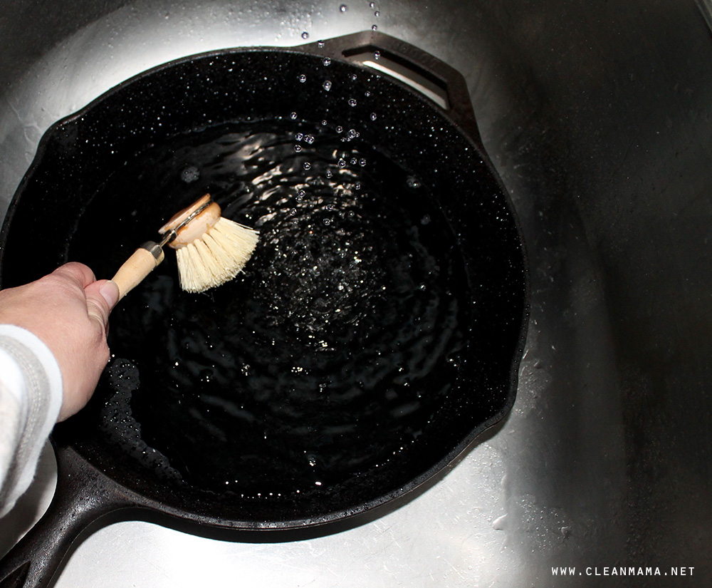 Wet Cast Iron in Sink via Clean Mama