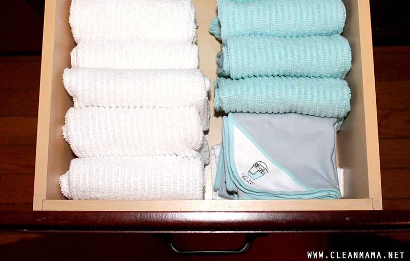 Bar Mop Cloths in Drawer -Clean Mama