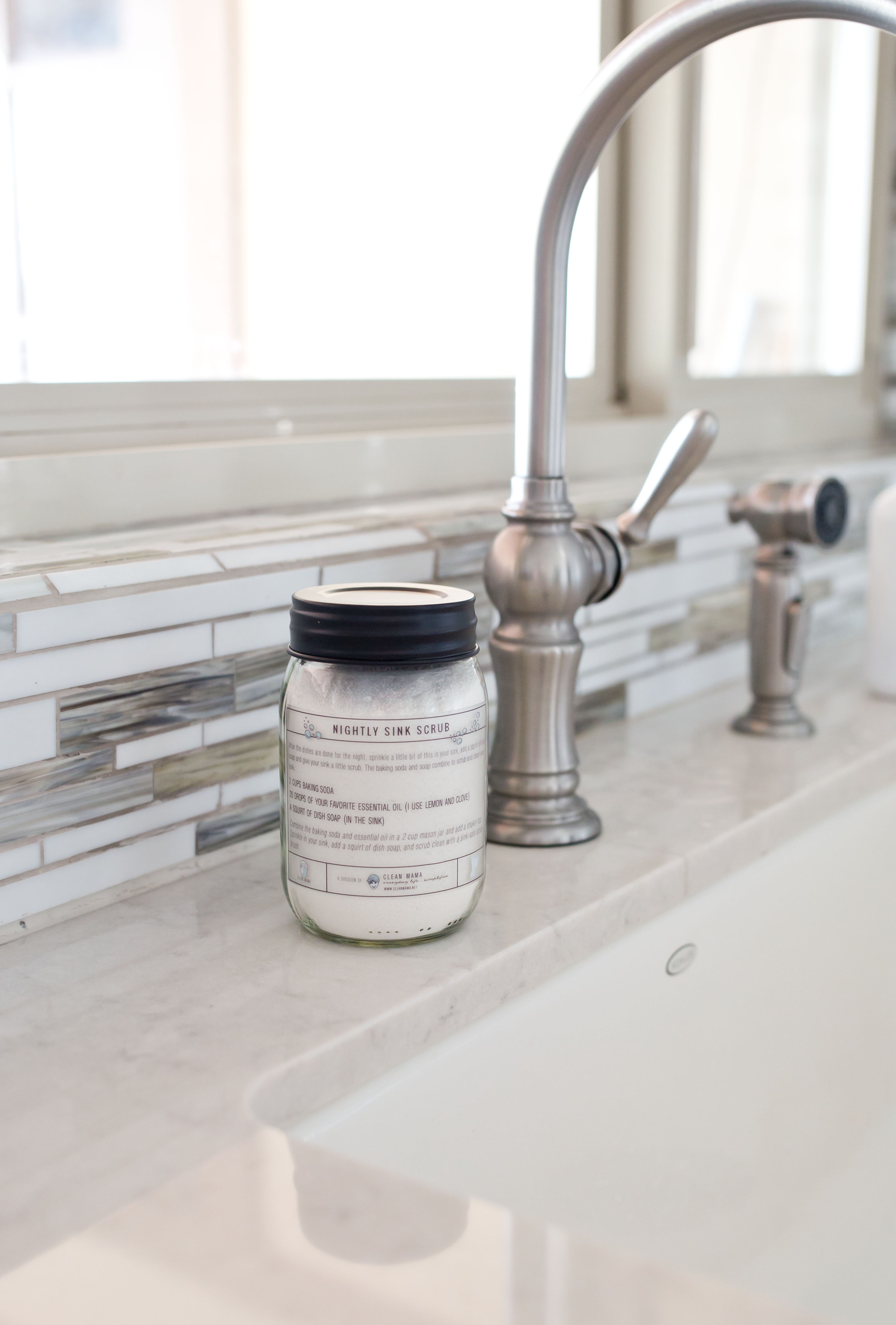 Lemon + Clove Nightly Sink Scrub - Clean Mama