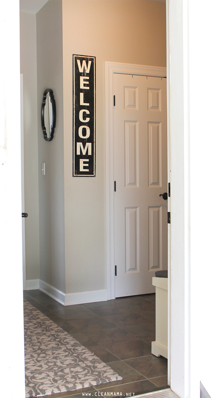 Mud Room Entry - Clean Mama