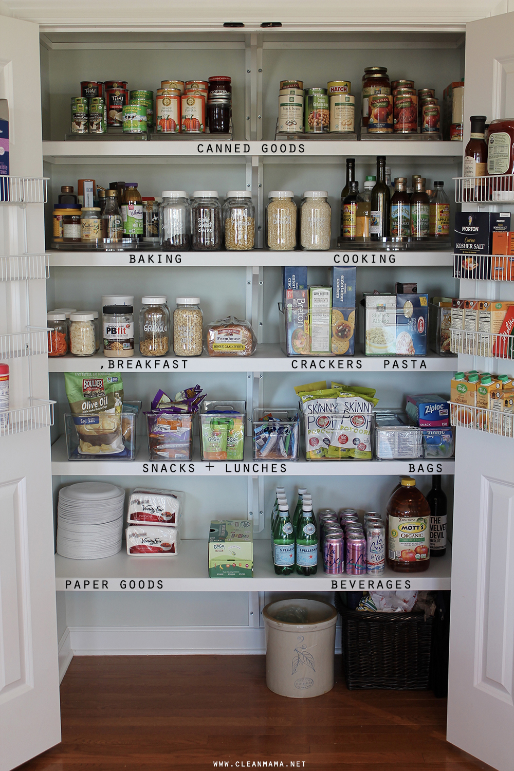pantry-detail-clean-mama