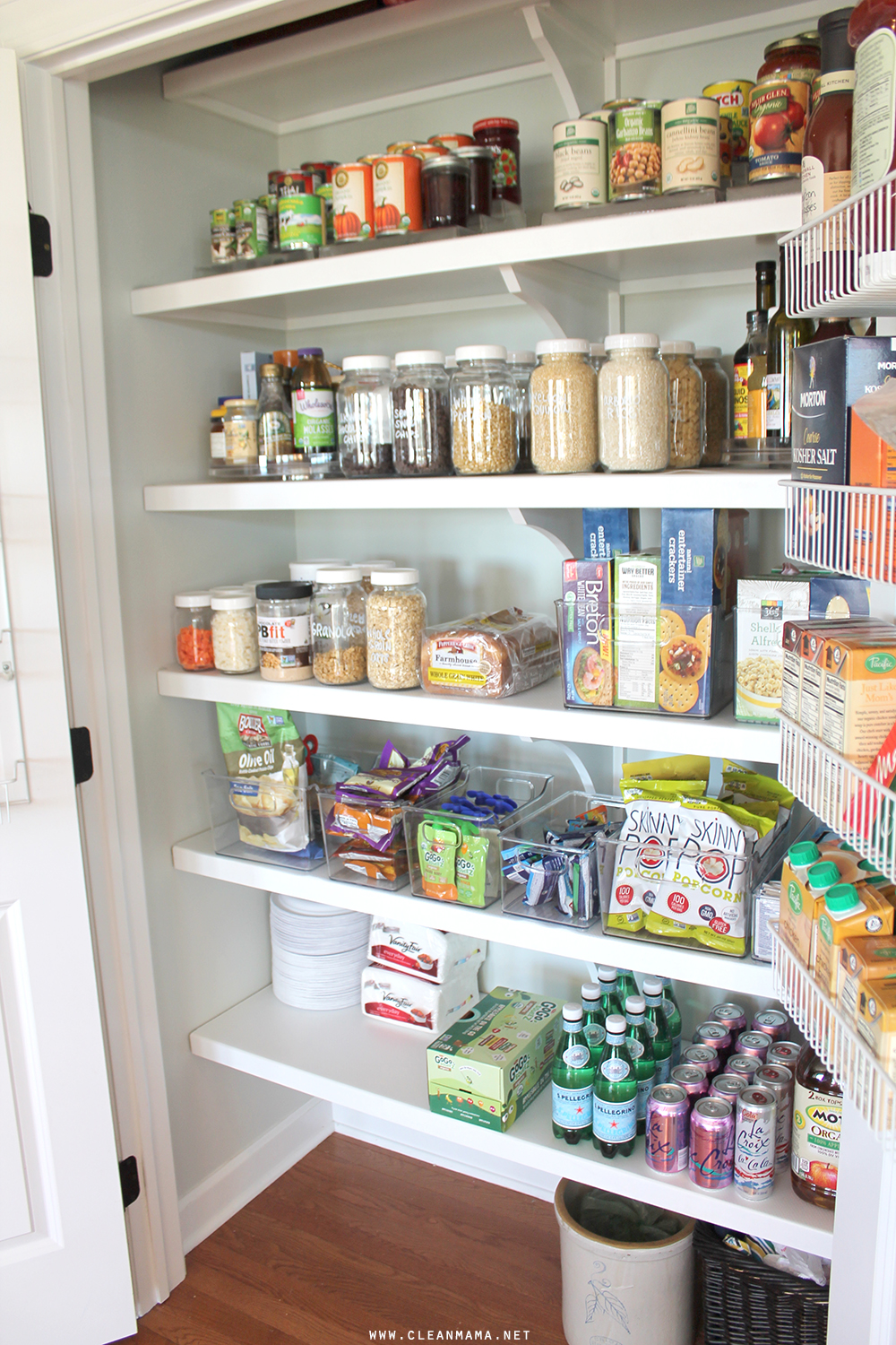 pantry-side-clean-mama